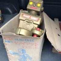 ジャイアントロボット